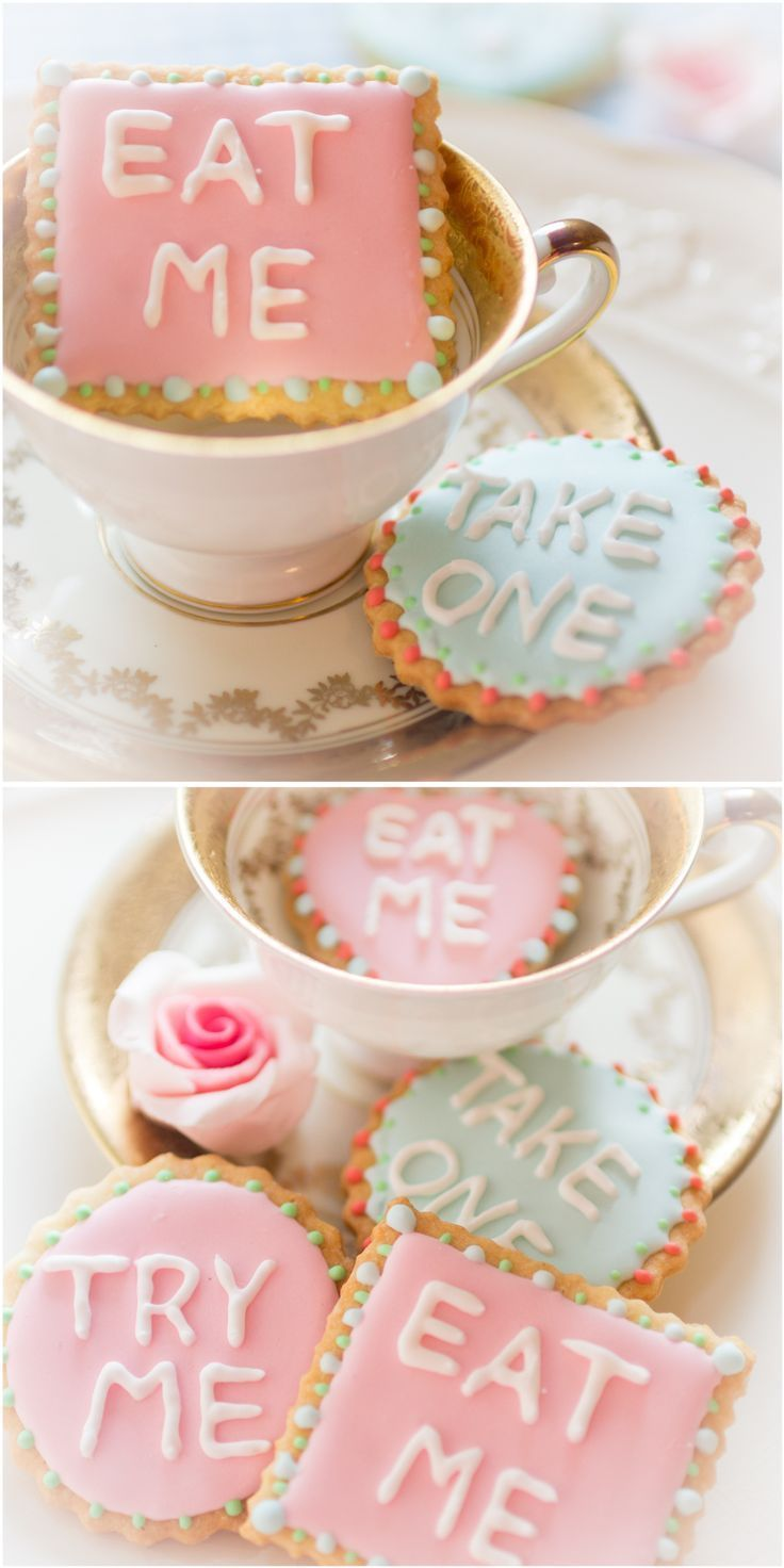 Aus simplen Keksen wird mit einer pastellfarbenen Zuckerglasur ein echter Hingucker!