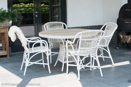 4-Seasons Loire Dining tuinset #retro #diningset Deze tuinset heeft een #teakhouten tafelblad #csun