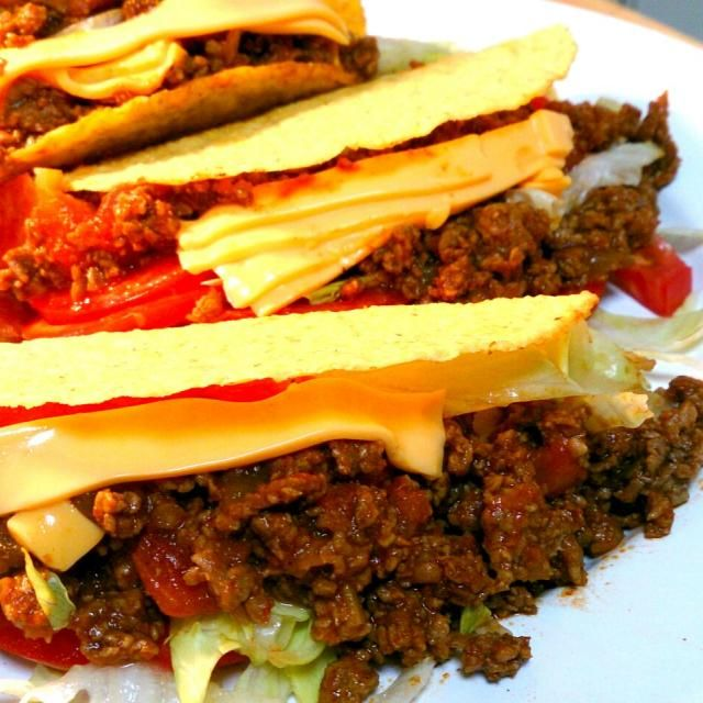 盛り付けぐちゃぐちゃですが、テキーラトニックと一緒に、熱帯夜にベストマッチ。 - 22件のもぐもぐ - Tacos(タコス) by Koitarou