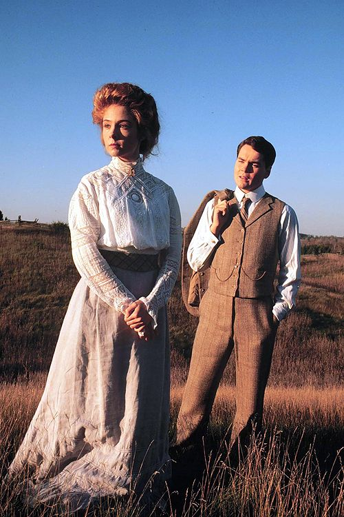 I LOVE the Anne of Green Gables movies & books!!!!! The only thing I don't like is how she is  so rude and horrible to Gilbert... -Hannah