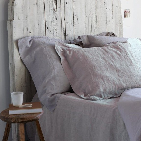 linen is not only a high quality fabric -- it carries a signature frequency that helps us fall asleep faster + sleep more deeply + wake up refreshed. it is a highly protective fabric, protecting us from dirt + chemical exposure. and, linen has been known historically for its healing qualities. the splurge on linen sheets is worth it! #simpleshui