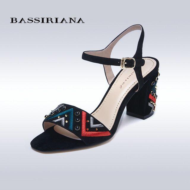 Сандалии 2017 Подлинная замши кожаные ботинки женщина на лето средние каблуки Мода квадратных каблуках 35-40 Бесплатная доставка BASSIRIANA