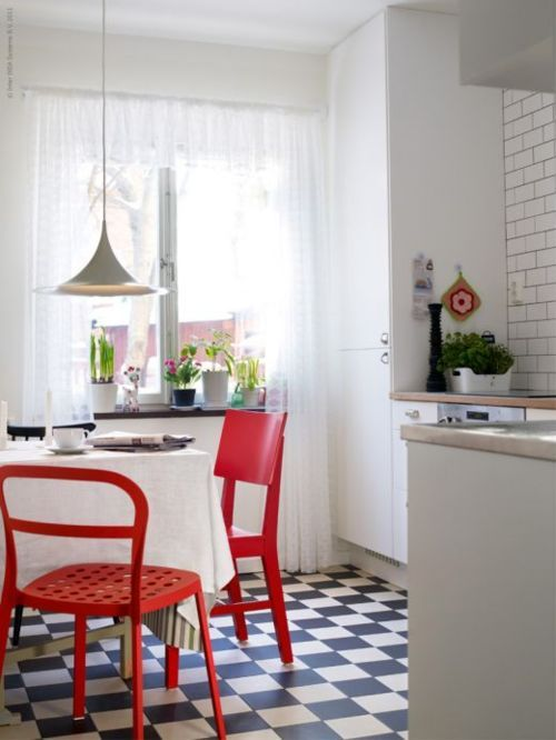 Red chairs and floor.Ikea Kitchen, Stockholm Sweden, Design Interiors, Kitchens Tables, Red Chairs, Black White, Pendants Lights, Kitchens Makeovers, Retro Kitchens
