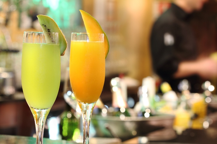 Be sure to enjoy the most famous and fashion Milanese aperitifs in the exclusive h club>diana Bar.