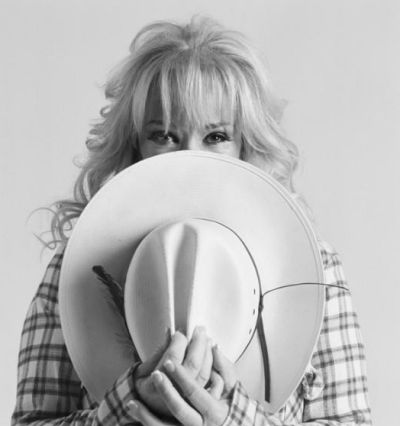 To celebrate Tanya Tucker's 2017 music tour, Rock.It Boy has put together a timeline of photos from Tanya's career.
