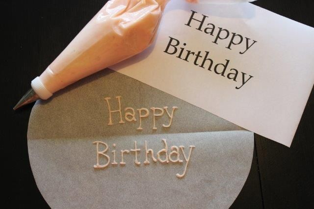 Cake Decorating Piping Letters : Best 25+ Cake writing ideas on Pinterest Wilton piping ...