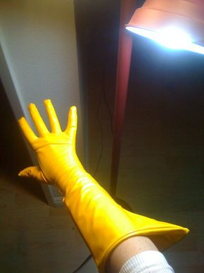 Cosplay: How to Make a Glove///could be used for mituna!!