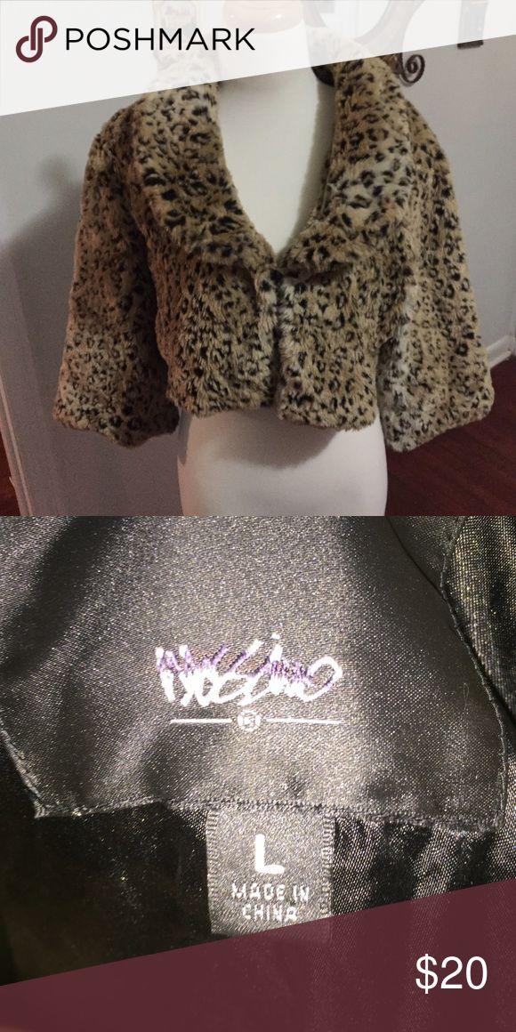 Ladies leopard bolero jacket Large Large Ladies leopard Bolero jacket Mossimo Supply Co Jackets & Coats