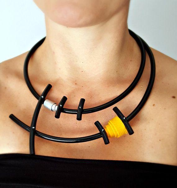 Argento collana Bib Collana popolare collana di PevalekArt su Etsy