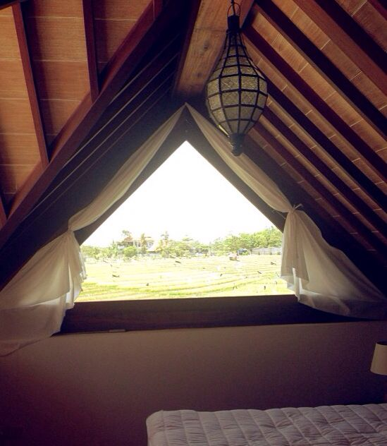 Dormer Window Curtains: 1000+ Images About Triangular Window On Pinterest