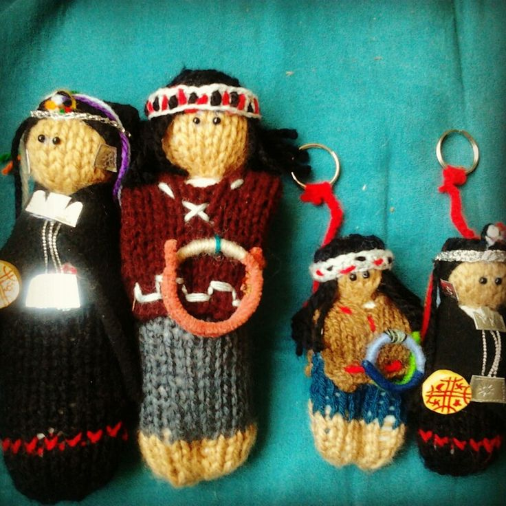 Muñecos Mapuches  tejidos