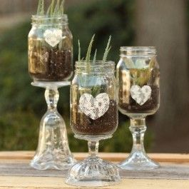 Aleene's® Glass with Class - ATTACH BASES TO MASON JARS FILL WITH CANDLES< USE AS TABLE SCAPE. - (ma)