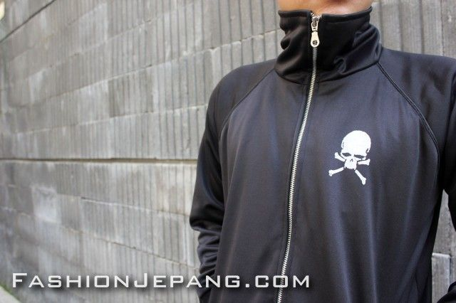 *Jaket Crows Zero - TFOA A9 *Material : Poly Adidas Best Quality
