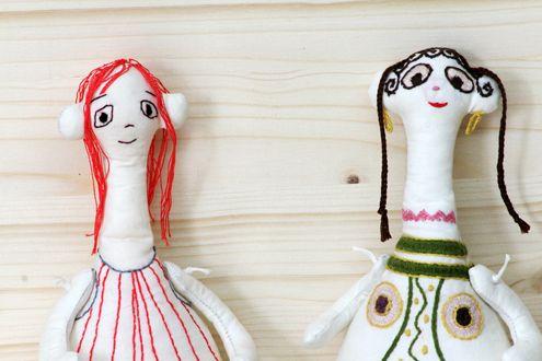 …Fabric Plagona doll model, hand embroidered with decorations from ancient objects.  The dolls are hand made from 100% cotton fabric and hand embroidered with cotton thread. Each one is unique.  Πάνινο αντίγραφο Πλαγγόνας με κέντημα χειρός από διάκοσμο αρχαίων αντικειμένων. Οι κούκλες είναι χειροποίητες από 100% βαμβακερά υφάσματα, κεντημένες στο χέρι. Κάθε μία είναι μοναδική.