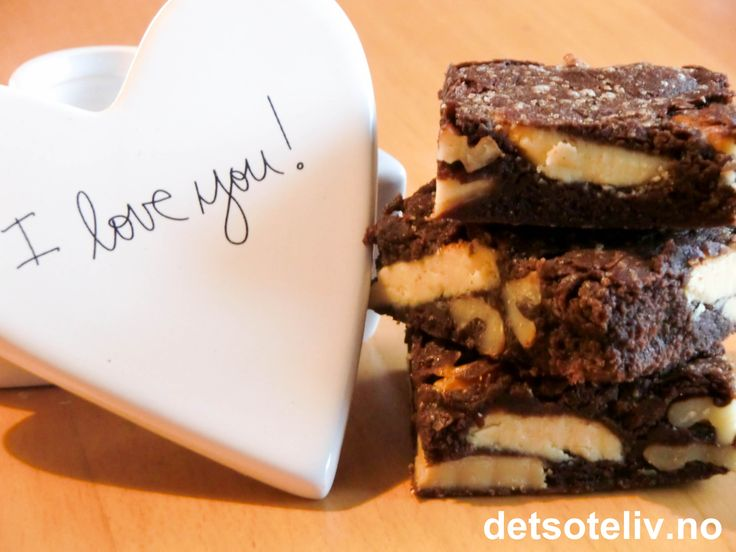 Brownies med hvit sjokolade og valnøtter | Det søte liv