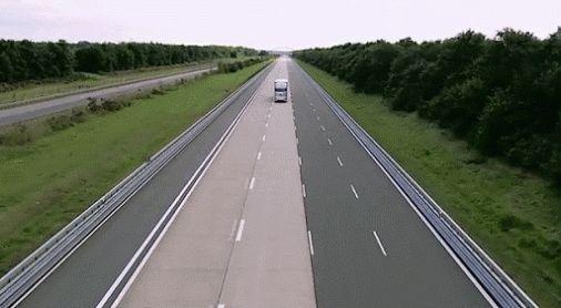 Mercedes-Benz Driverless Truck