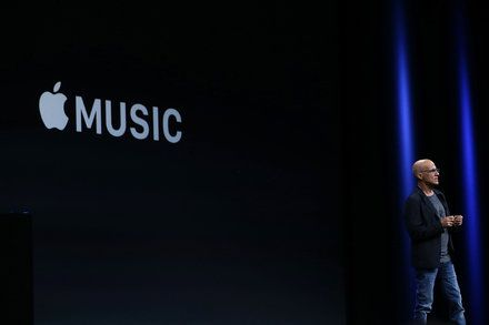Apple Tiptoes Into Producing Original Video but Plans to Pick Up Pace