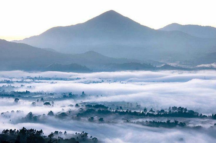 gunung putri lembang (Bandung)