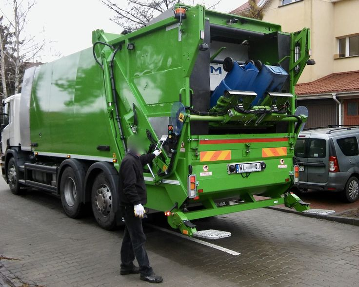 NTM KGHH-KW Śmieciarko-myjka do zbiórki odpadów oraz mycia i dezynfekcji pojemników na śmieci KOMUNAL WASH SCANIA MZO Pruszków. Wheelie bin washers, washing bins garbage container truck NTM KGHH-KW, garbage collector, garbage trucks, garbage compactor, refuse truck, light truck, dump garbage trucks. Müllfahrzeug, Behälterwascheinrichtung NTM KOMUNAL WASH entleert und reinigt Sammelbehälter,