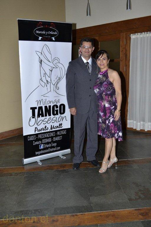 """""""II Gala Aniversario de Tango Obsesión"""". Los organizadores: Marcela y Orlando. Puerto Montt, 11 Enero, 2014."""