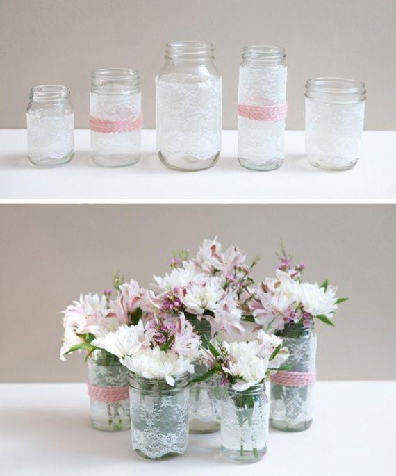Pots, dentelles, et fleurs    http://a.imdoc.fr/1/mariage/deco-mariage/photo/4001048400/2012853502d/deco-mariage-dentelle-fleurs-img.jpg
