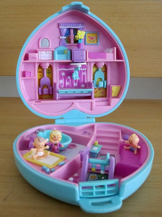 Polly Pocket Baby Time Fun Heart Compact