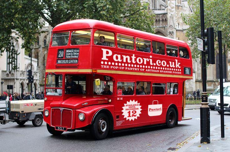 Pantori.uk - Routemaster at Westminster