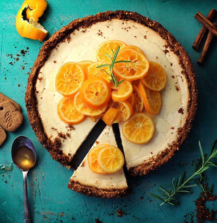 Clementine Honey Cheesecake with Speculoos Cookie Crust