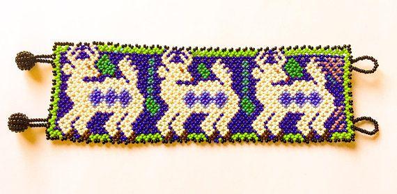 Huicholes mexicanos con cuentas pulsera con diseño de Reno