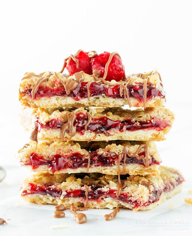 Skinny Raspberry Shortbread Bars
