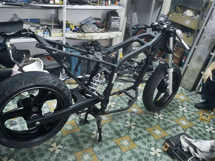 Stripped & ready to start! #motorcycle #customizing #Honda #transalp #project https://www.facebook.com/j.sourmelidis