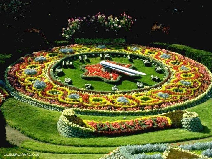 Geneva - Floral clock / Genf - Blumenuhr / Genève - Horloge fleurie