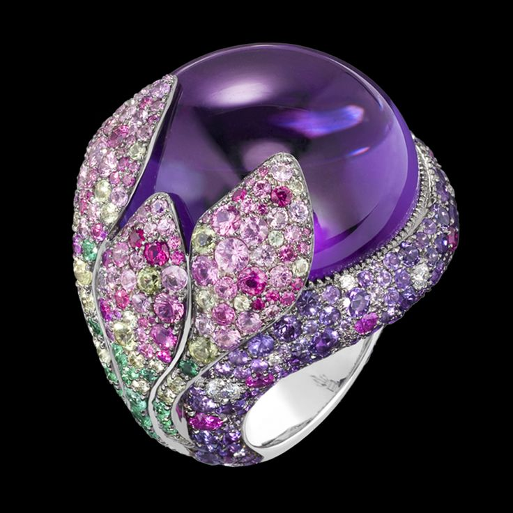 de Grisogono ring featuring white gold, amethysts, diamonds, emeralds, peridots, rubies and pink sapphires