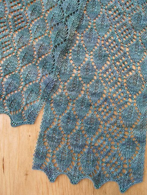 Free Madrona Lace Scarf by Evelyn A. Clark