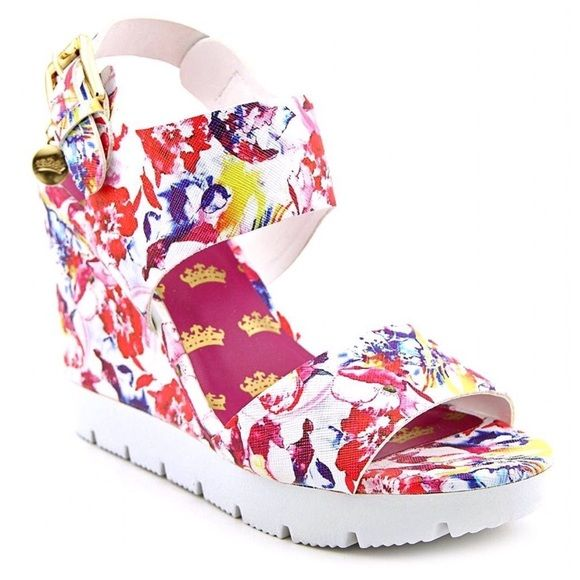 25 Best Ideas About Floral Wedges On Pinterest Cute