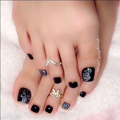 fall autumn toe nail