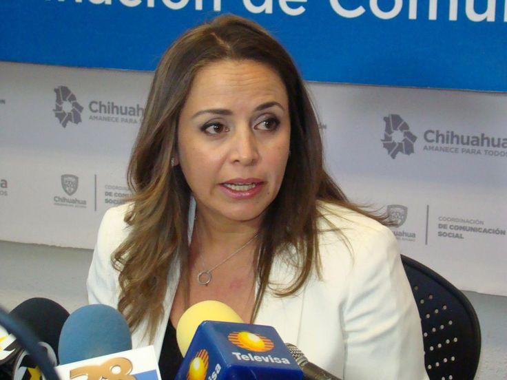 <p>--De la denuncia de la Secretaría de la Función Pública se deriva citatorio de un juez federal al exgobernador César Duarte.<br