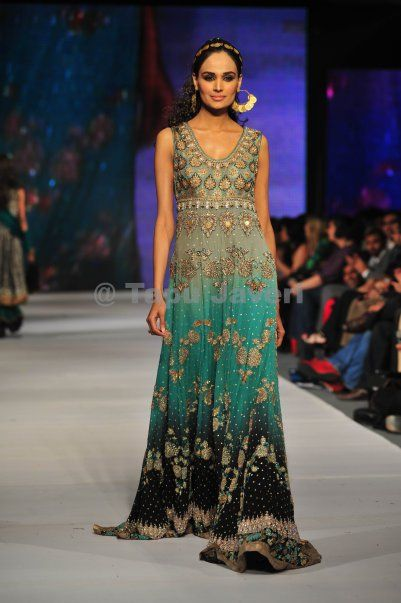 Love the colors and print on this Pakistani dress.