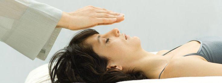 El reiki es una forma de medicina alternativa desarrollada en 1922 por el budista japonés Mikao Usui. Desde su origen en Japón, ha sido adaptada en varias tradiciones culturales a nivel mundial.