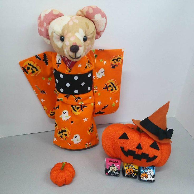 ハッピーハロウィン🎃 梅ちゃんはハロウィン着物でお出かけです! #ハロウィン #ハッピーはろうぃん #halloween #くまの梅ちゃん #handmade #和裁 #着物 #kimono