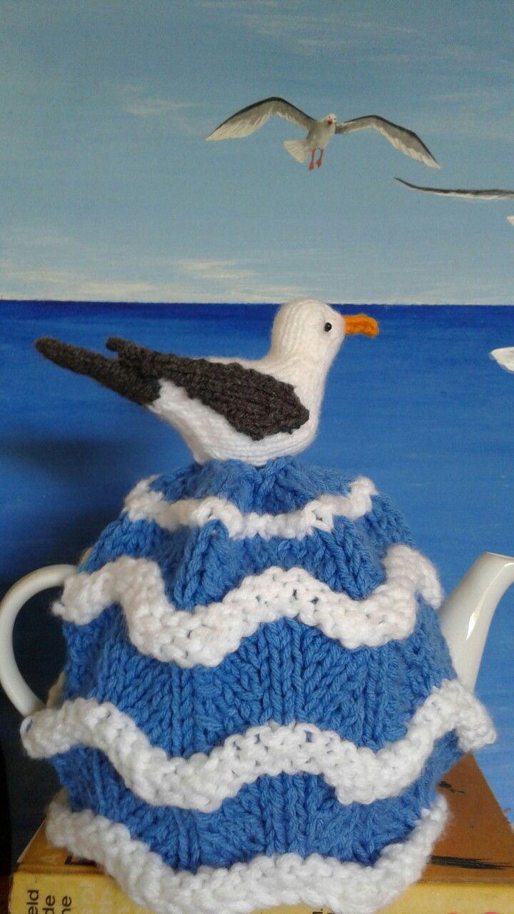Oh I do like to be beside  the  seaside!  Tea cosy