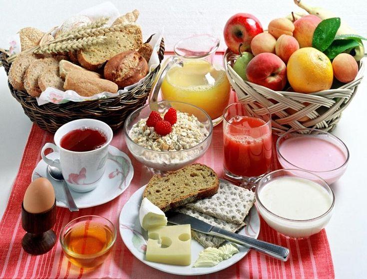 Por que não se deve pular o café da manhã? No post, reunimos alguns estudos que frisam vantagens de desfrutar do desjejum. Confira: