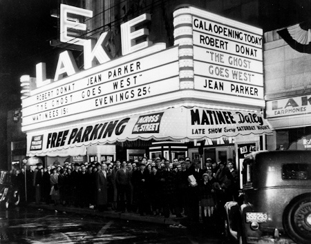 Lake Theatre, Grand Opening photograph, courtesy Classic Cinemas