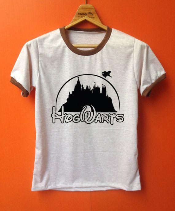 Hogwarts Schule komische Hemden Harry potter Schule von Pookpik