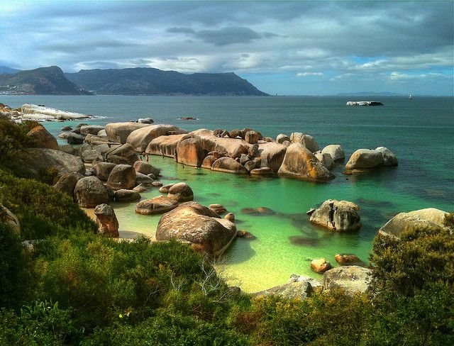 Boulders Beach, Cape Town. Place to swim with penguins
