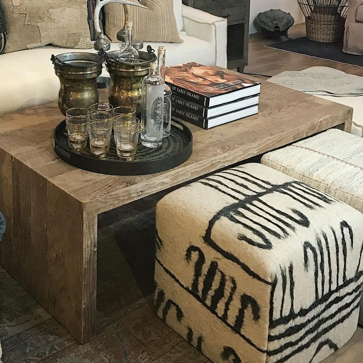 Rustic modern design inspiration from A Beautiful Mess and Kymberley Fraser on Hello Lovely. Come tour interiors and vignettes with European antiques, primitives, and industrial style. #modernrustic #rusticdecor #interiordesign #abeautifulmesshome