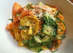"""Stir it Up: Chrissy Teigen teaches us how to make Vegetable """"Pasta"""" With Chili, Parm & Basil"""