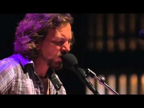 Eddie Vedder - You Can Close Your Eyes (w/Natalie Maines) Cover of James Taylor song