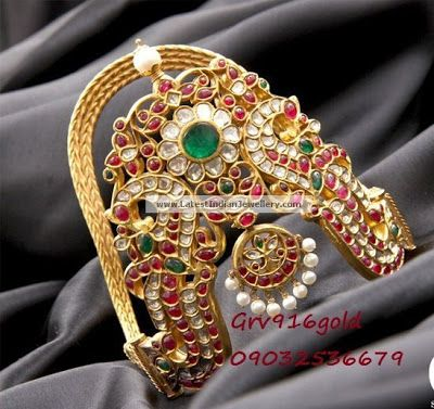 Heavy Antique Kundan Ara Vanki (Arm Band) with Peacock design from GRV 916 Gold | Latest Indian Jewellery Designs