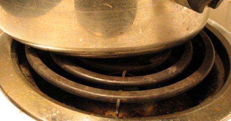 ¿Cómo instalo una estufa eléctrica 220?. De modo que has comprado una estufa eléctrica nueva y ahora tienes que instalarla. La buena noticia es que hay un proceso simple para montar y poner en marcha tu estufa eléctrica de 220 voltios. Esta tendrá un enchufe especial de cuatro puntas en el extremo del cable que se enchufa directamente a la salida de 220 voltios. La mayoría de ...